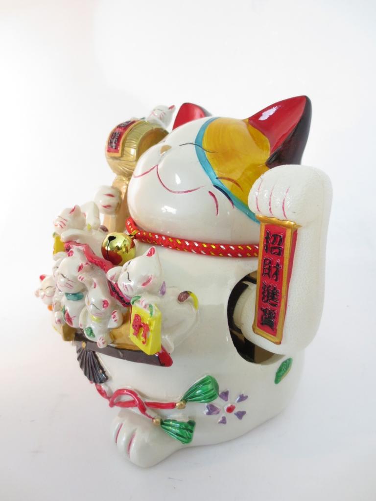 Witte lucky cat met waaier groot / dragon euro trade bv